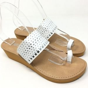 APT 9 White Silver Stud Toe Ring Wedge Sandal